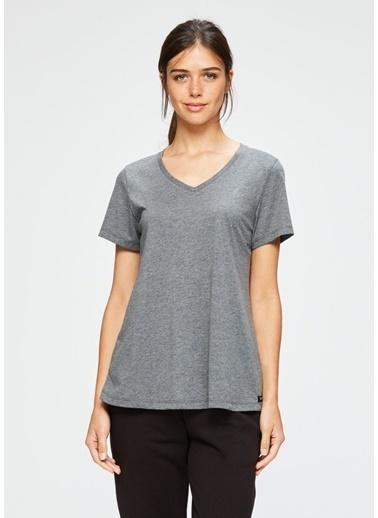 Dagi V Yaka Kısa Kollu T-Shirt Renkli